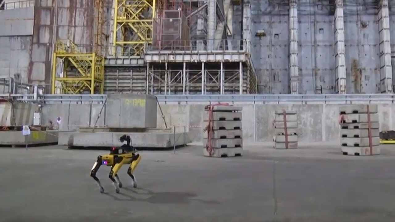 Chernobyl cane-robot