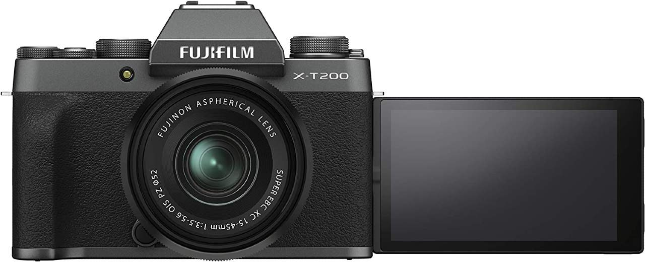 Fujifilm X-T200 in super offerta su Amazon