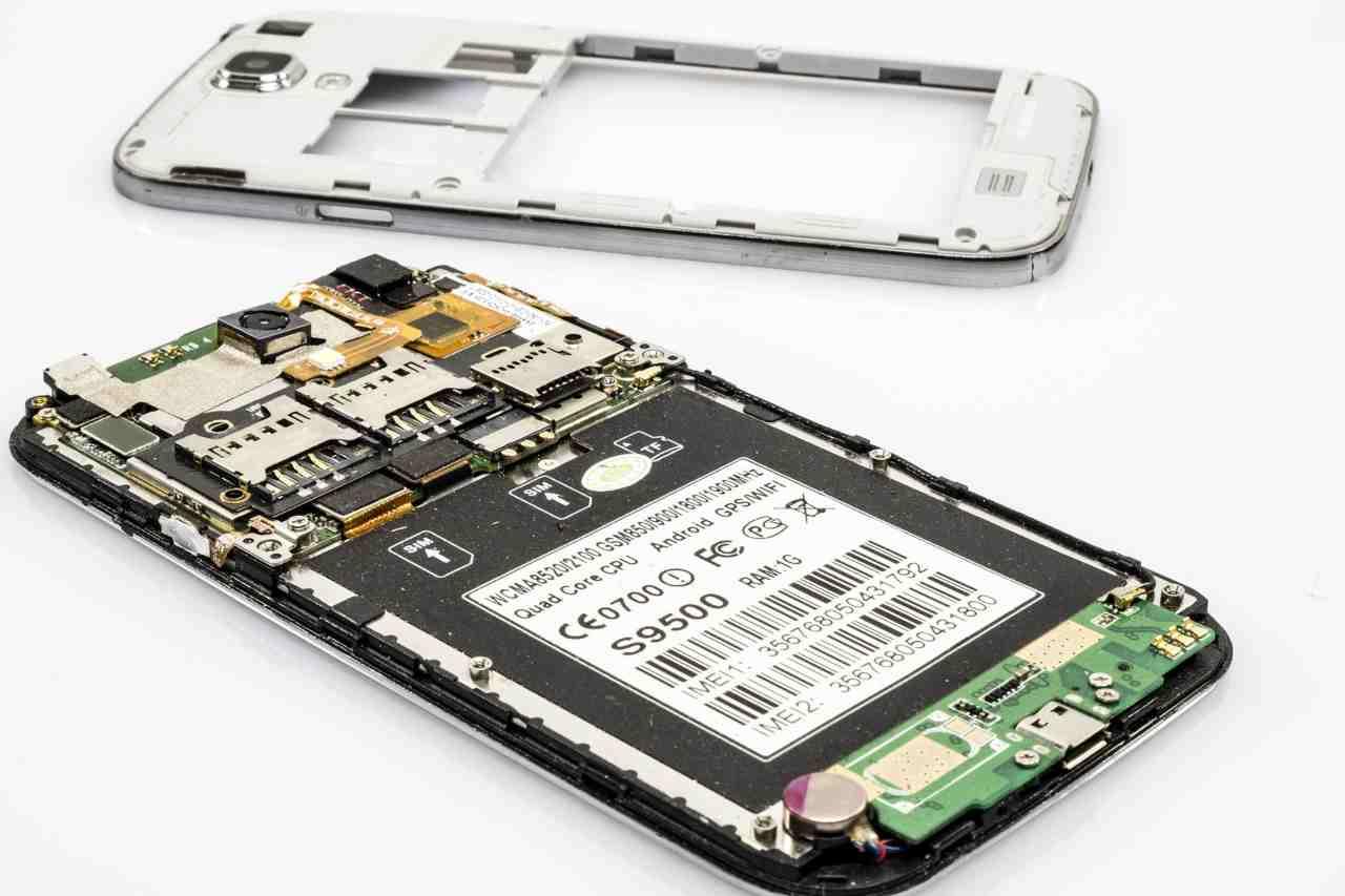 Smartphone obsolescenza e riparazione