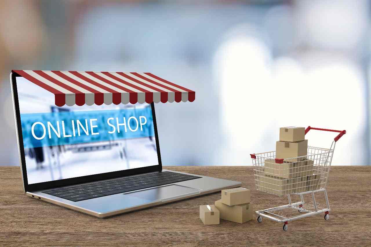 Acquisti online (Adobe Stock)