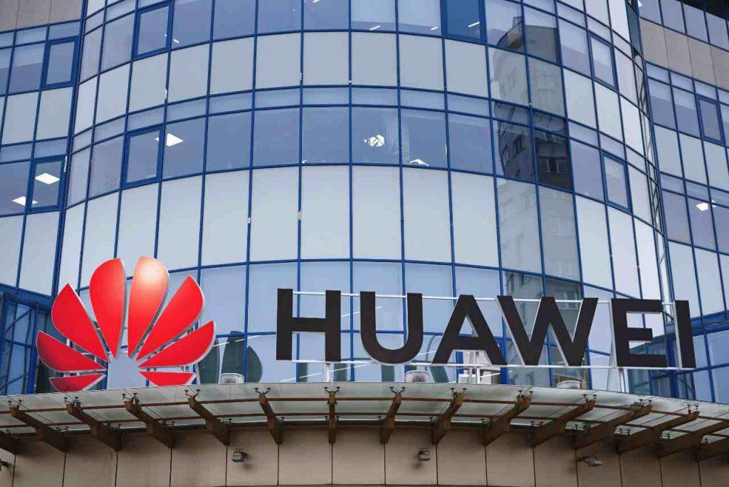 Huawei: tornano i servizi Google