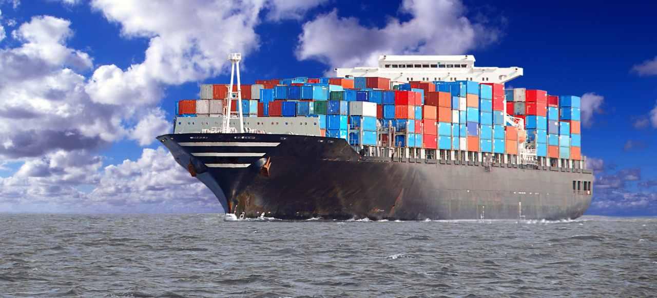 Nave cargo (Adobe Stock)