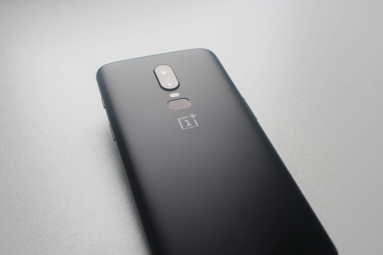 OnePlus Smartphone (Adobe Stock)