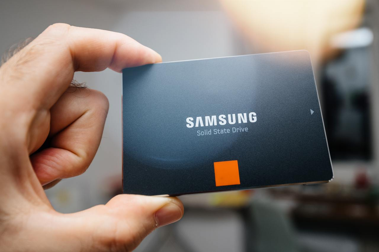 Samsung Solid State Drive (Adobe Stock)