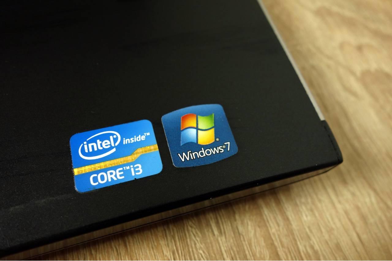 Windows 7 (Adobe Stock)