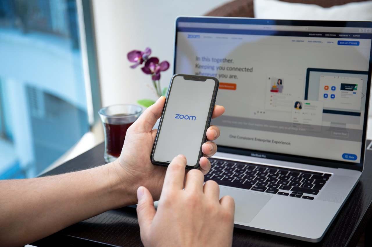 Zoom Phone (Adobe Stock)
