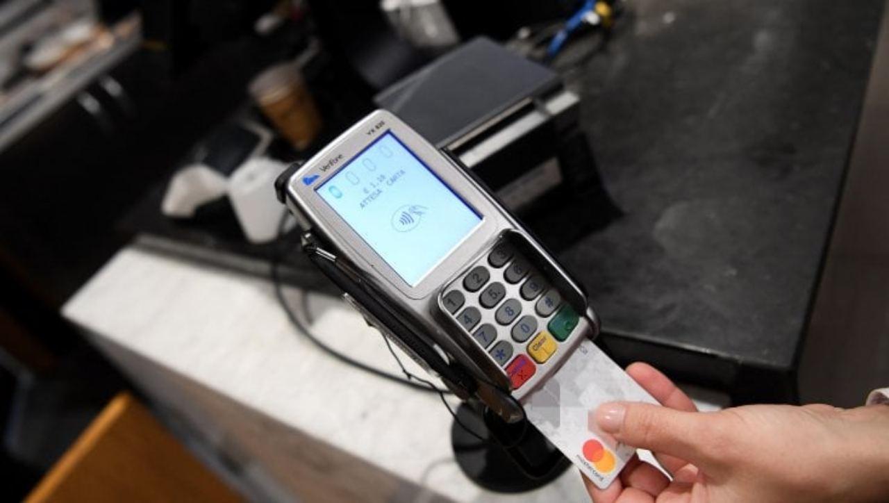 Taglio del cashback per aumentare i ristori
