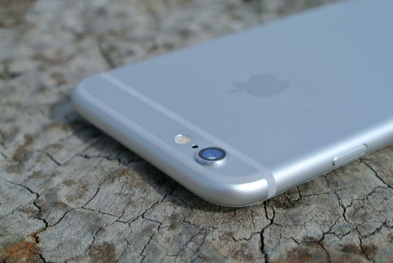 iPhone 6 class action vs Apple