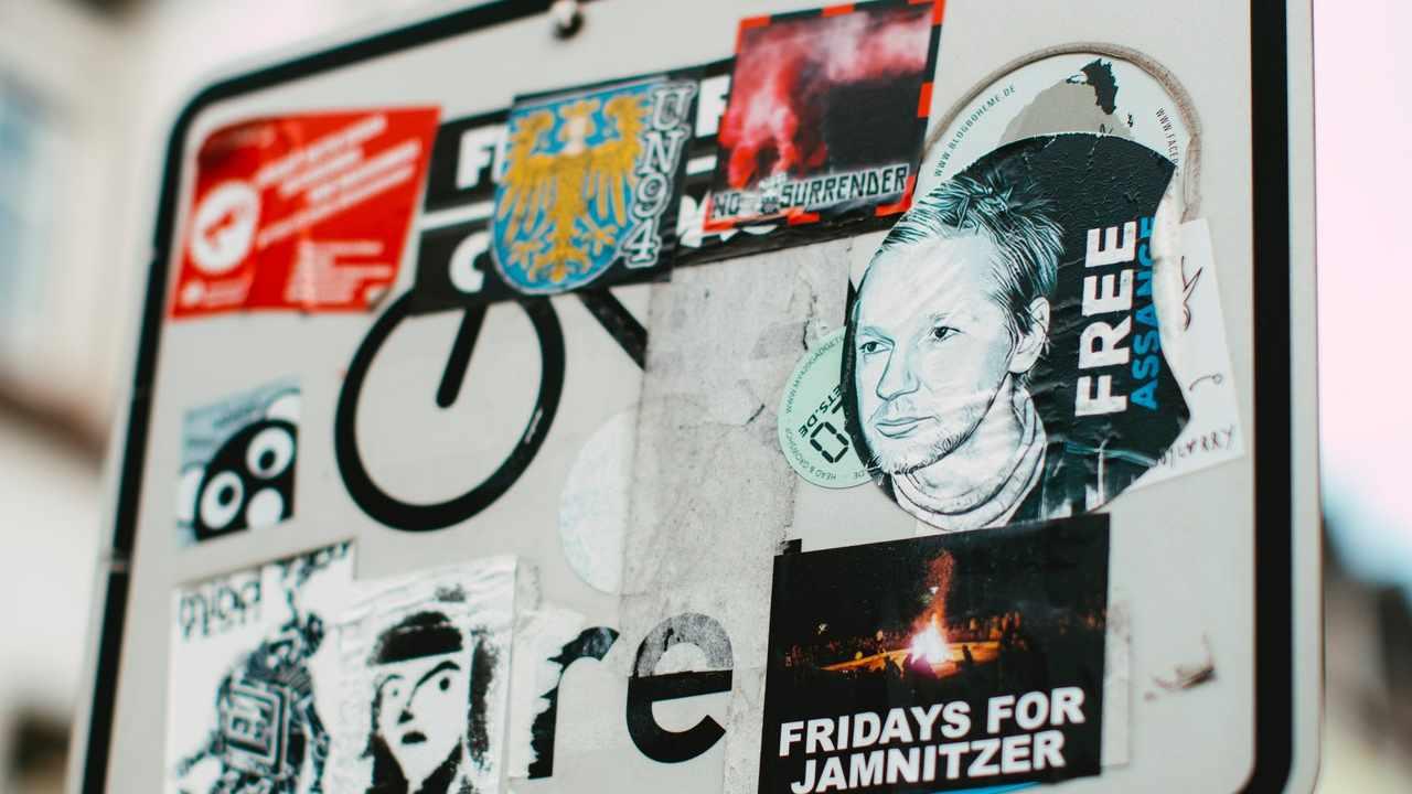 Respinta l'istanza di estradizione negli USA di Julian Assange
