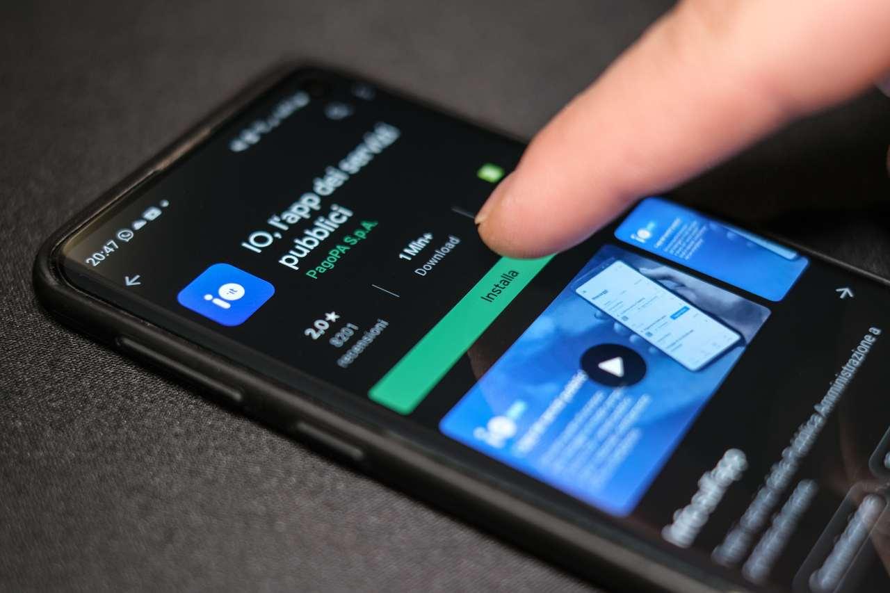 IO, l'app della Pubblica Amministrazione (Adobe Stock)