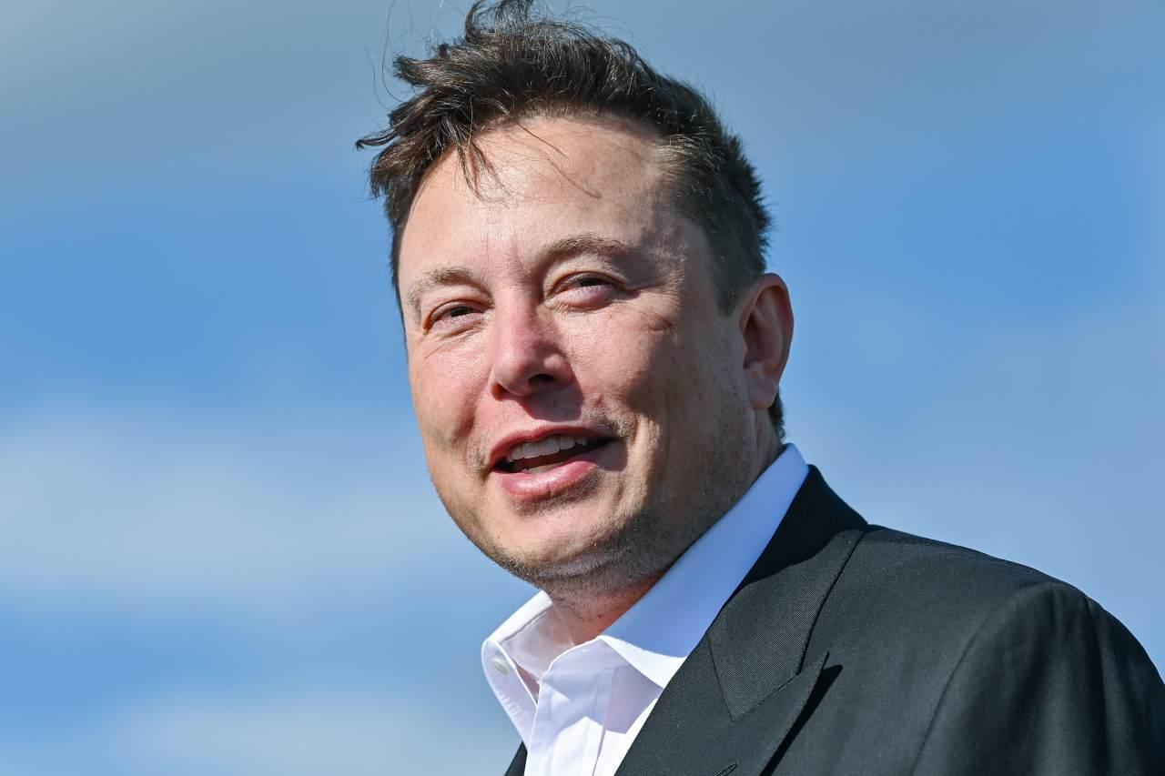 Elon Musk e SpaceX (Foto Cnbc)