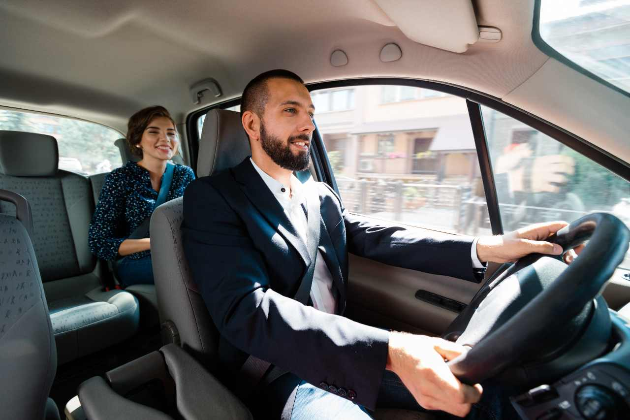 Taxi Uber (Adobe Stock)