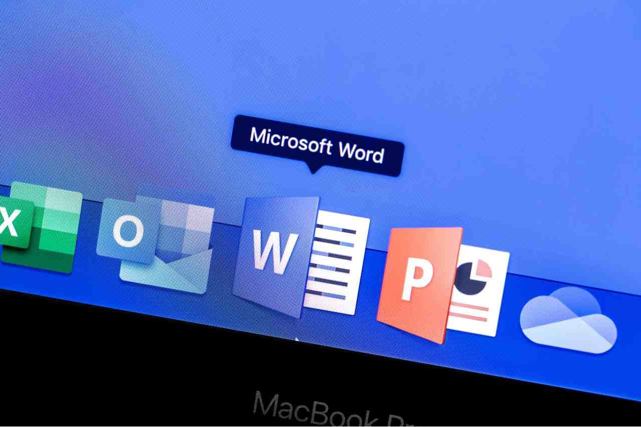 Text Prediction per Microsoft Word (Adobe Stock)