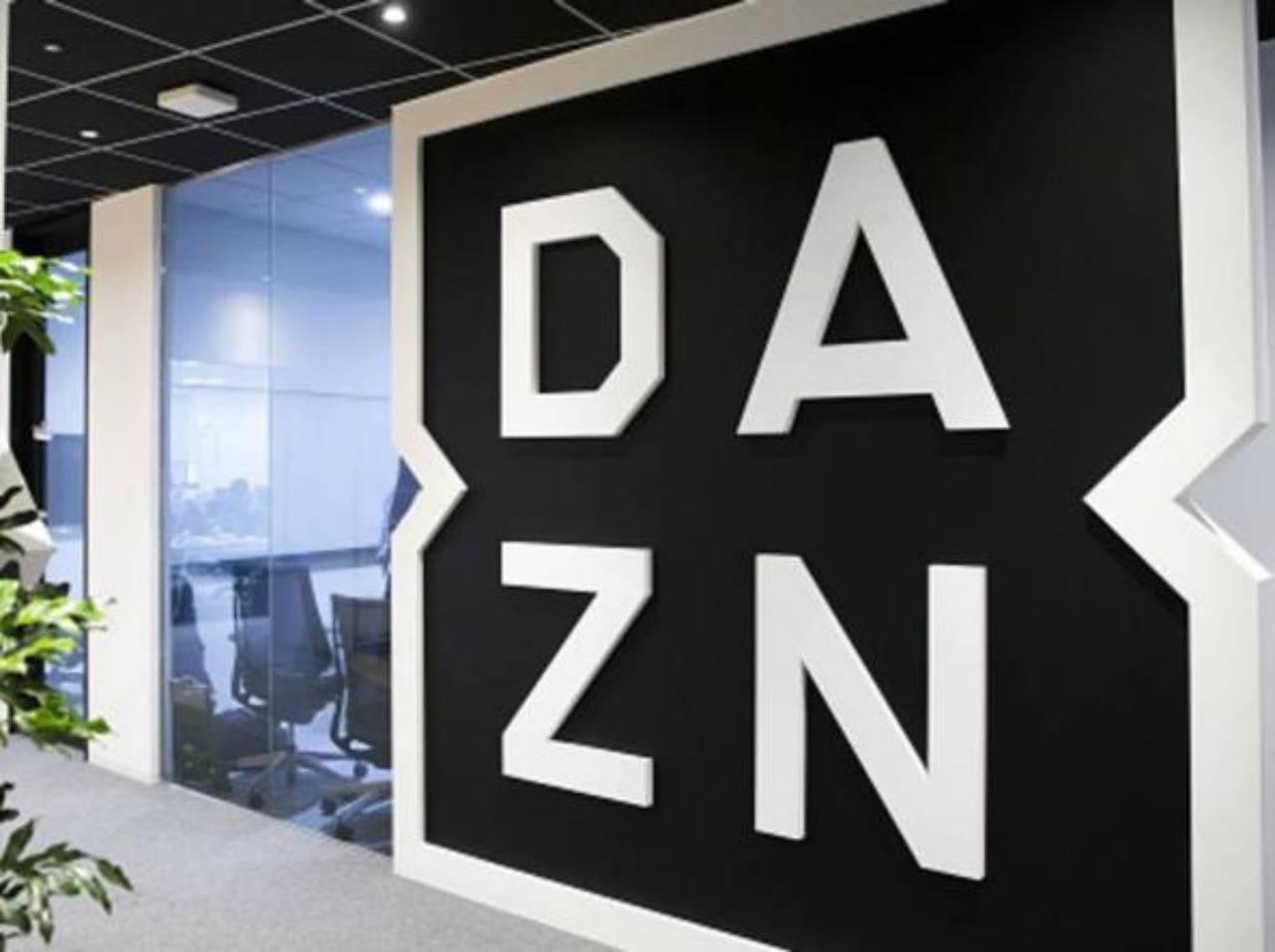 Dazn, il logo (Foto Corriere.it)