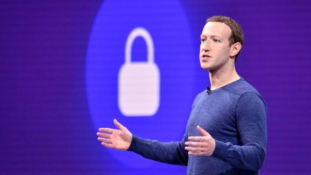 Facebook entra nel mercato smarwatch (Foto Bbc)