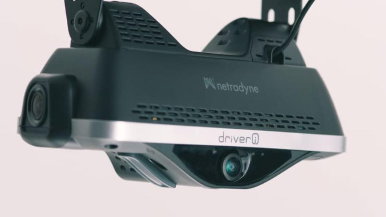 Ecco una delle telecamere Amazon sui furgoni (Foto Cnbc)
