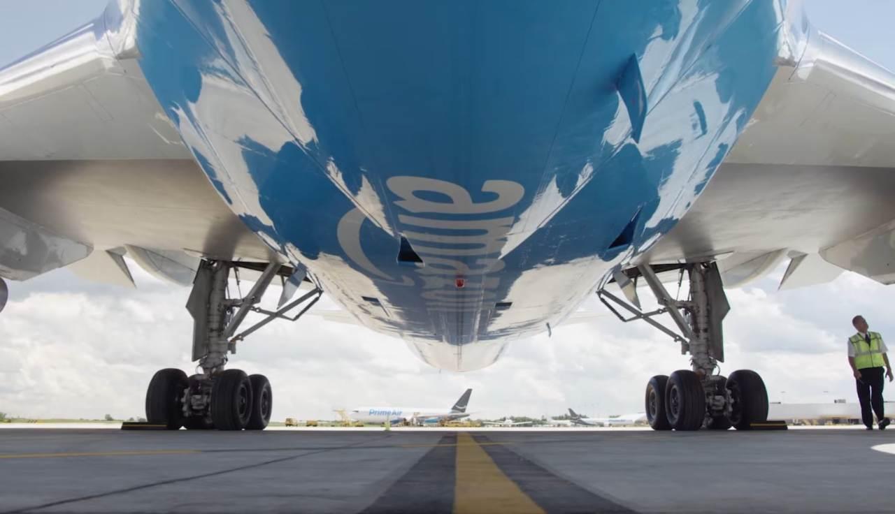 Amazon Air pancia dell'aereo