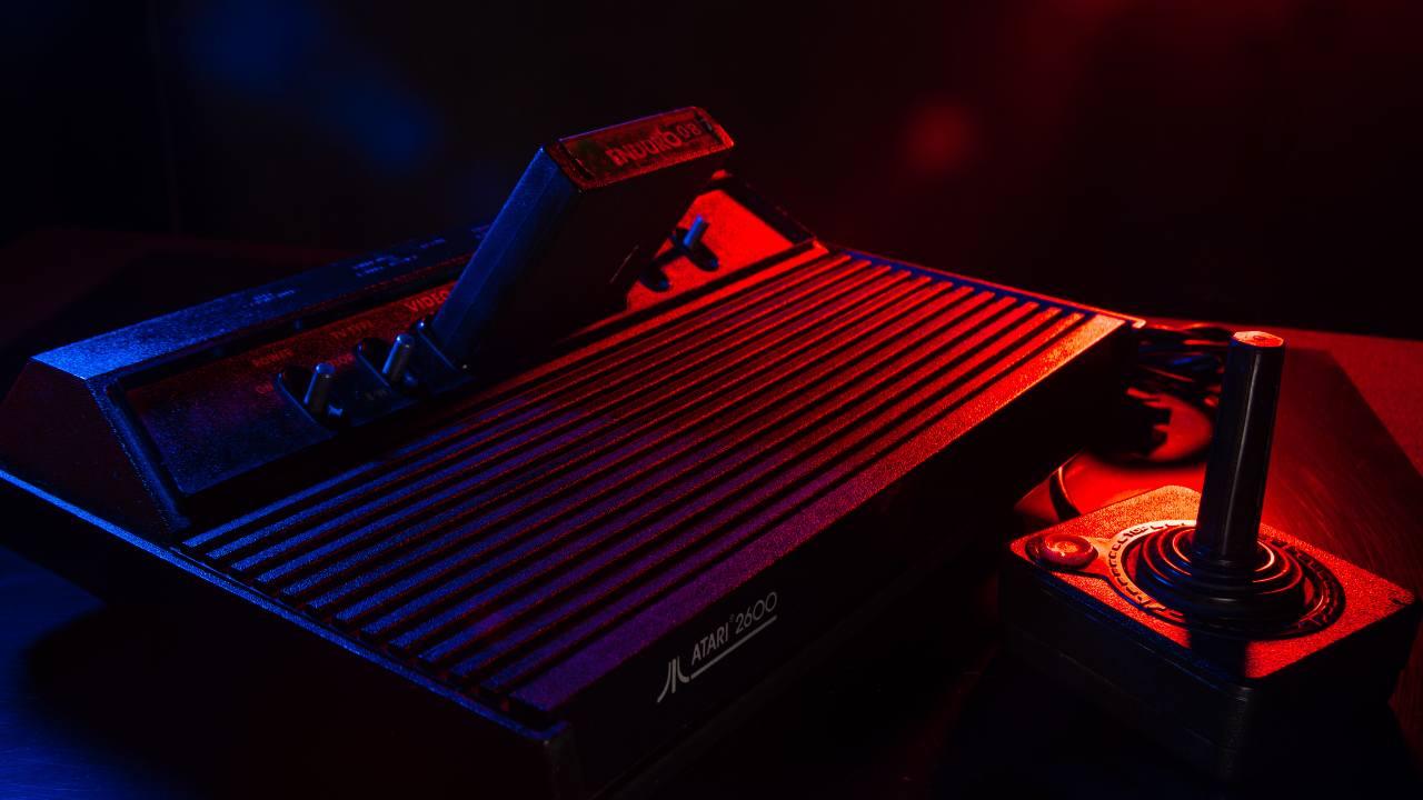 Atari, console Anni Novanta (Adobe Stock)