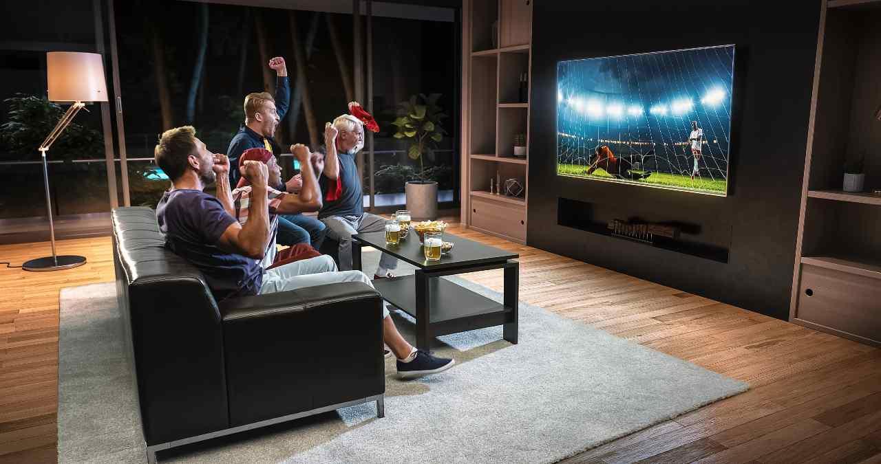 Diritti Tv calcio, altra fumata grigia (Adobe Stock)