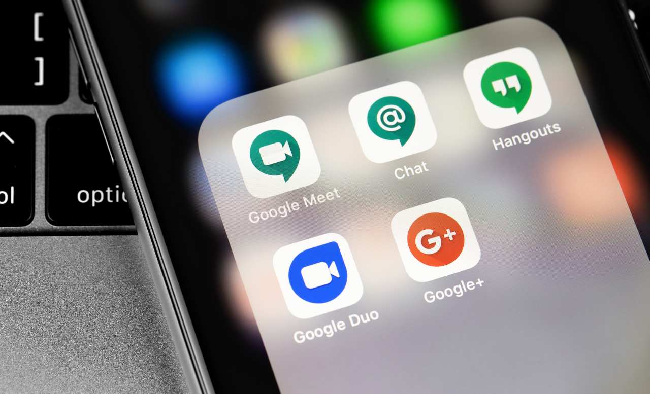 Google Chat (Adobe Stock)