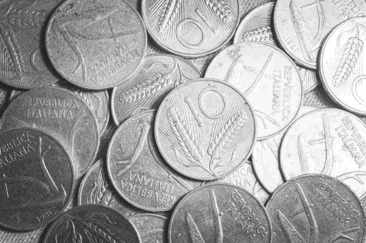 Monetine da 10 lire (Adobe Stock)
