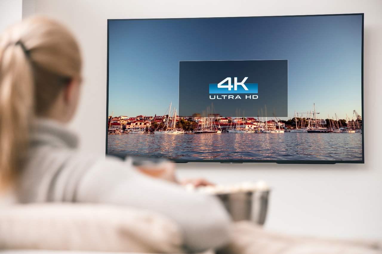 Digitale, televisori propinati come monitor (Adobe Stock)