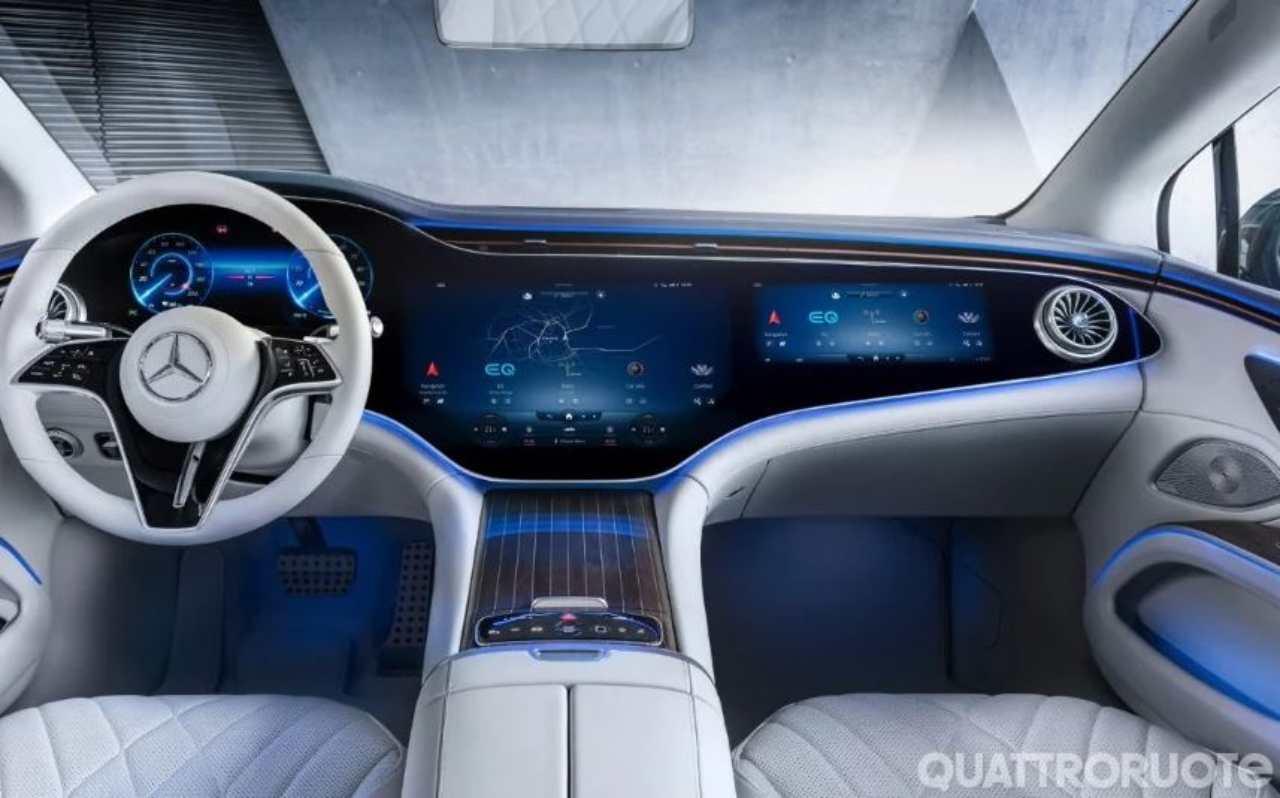 Mercedes EQS, gli interni (Foto Quattroruote)