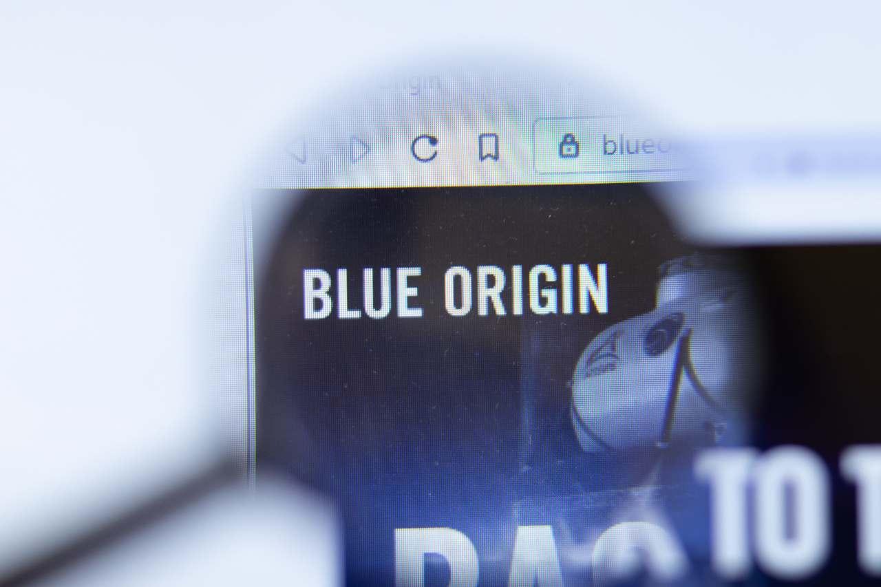 Blue Origin, il logo (Adobe Stock)