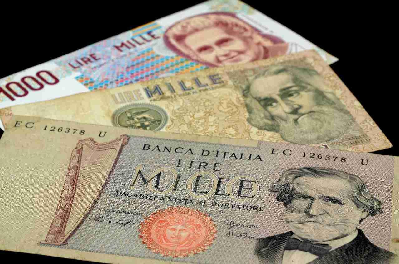 Le banconote da 1000 lire nel tempo (Adobe Stock)