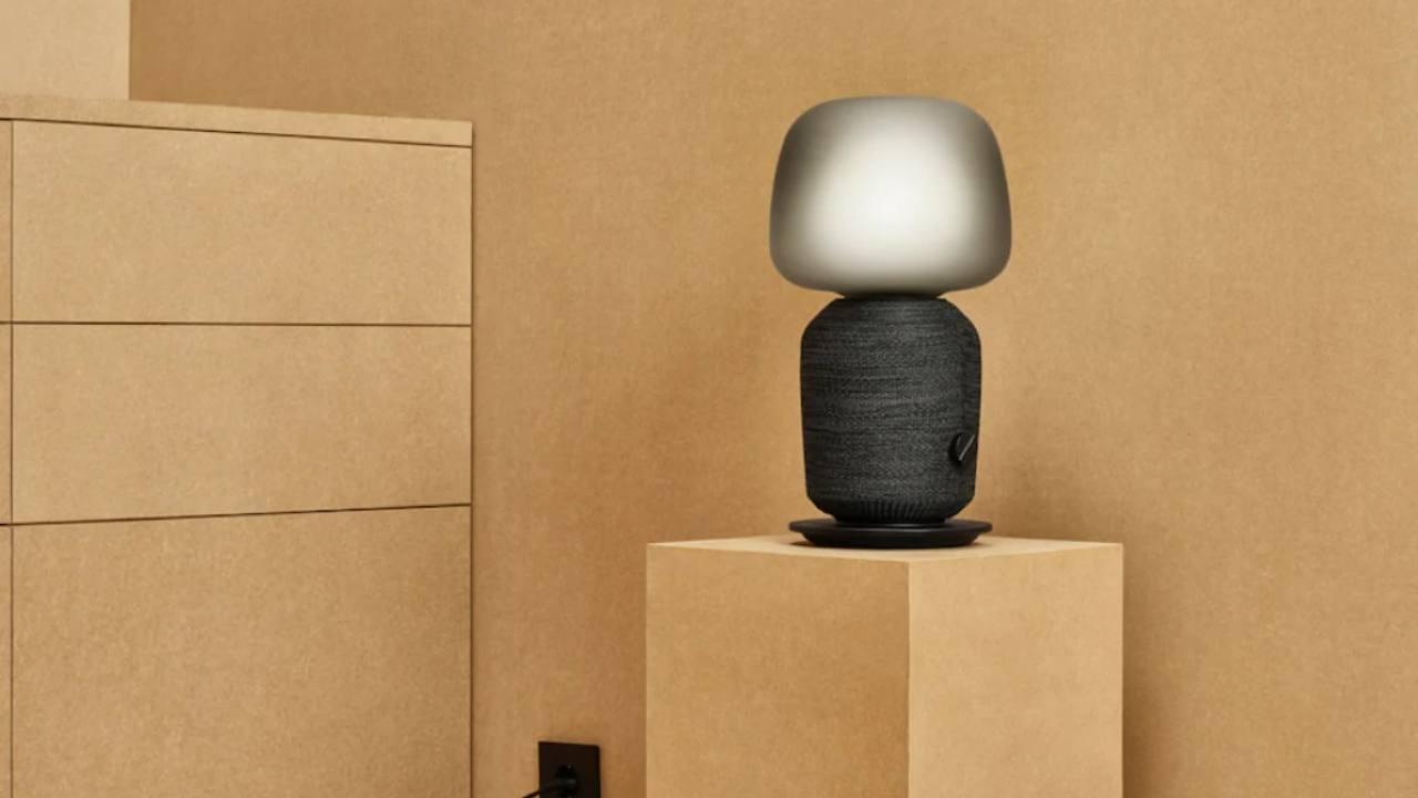 Symfonisk lampada nera