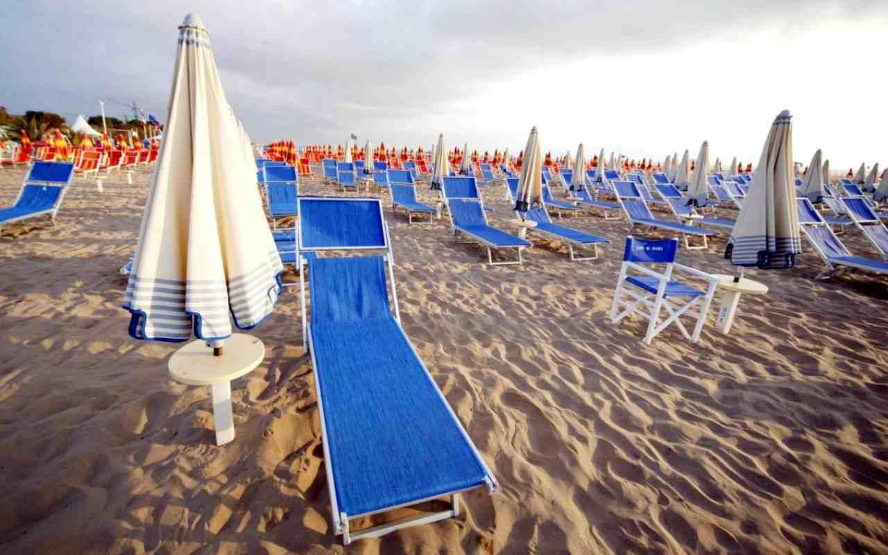 Covid, estate in spiaggia: ecco come (Foto Skytg24)