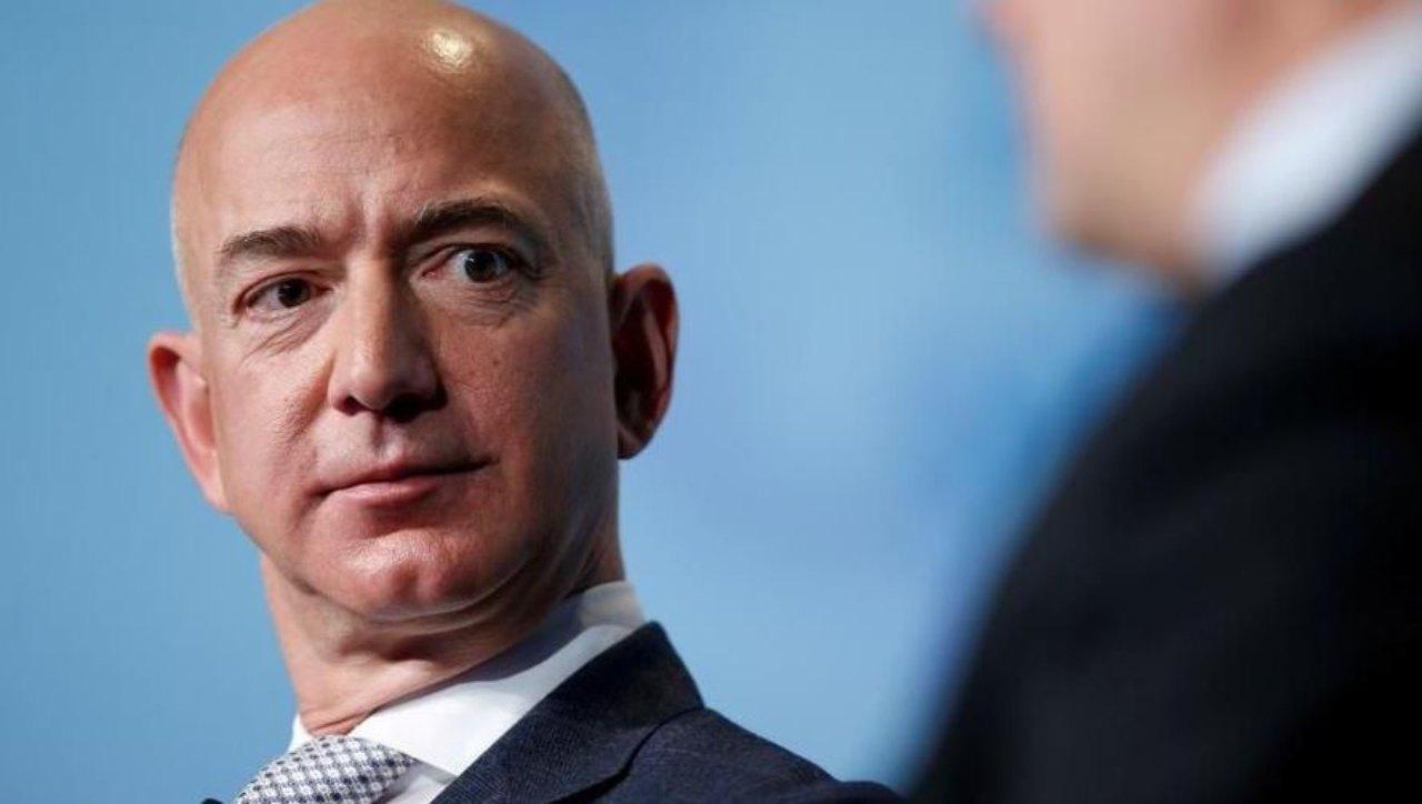 Jeff Bezos (Foto La Stampa)