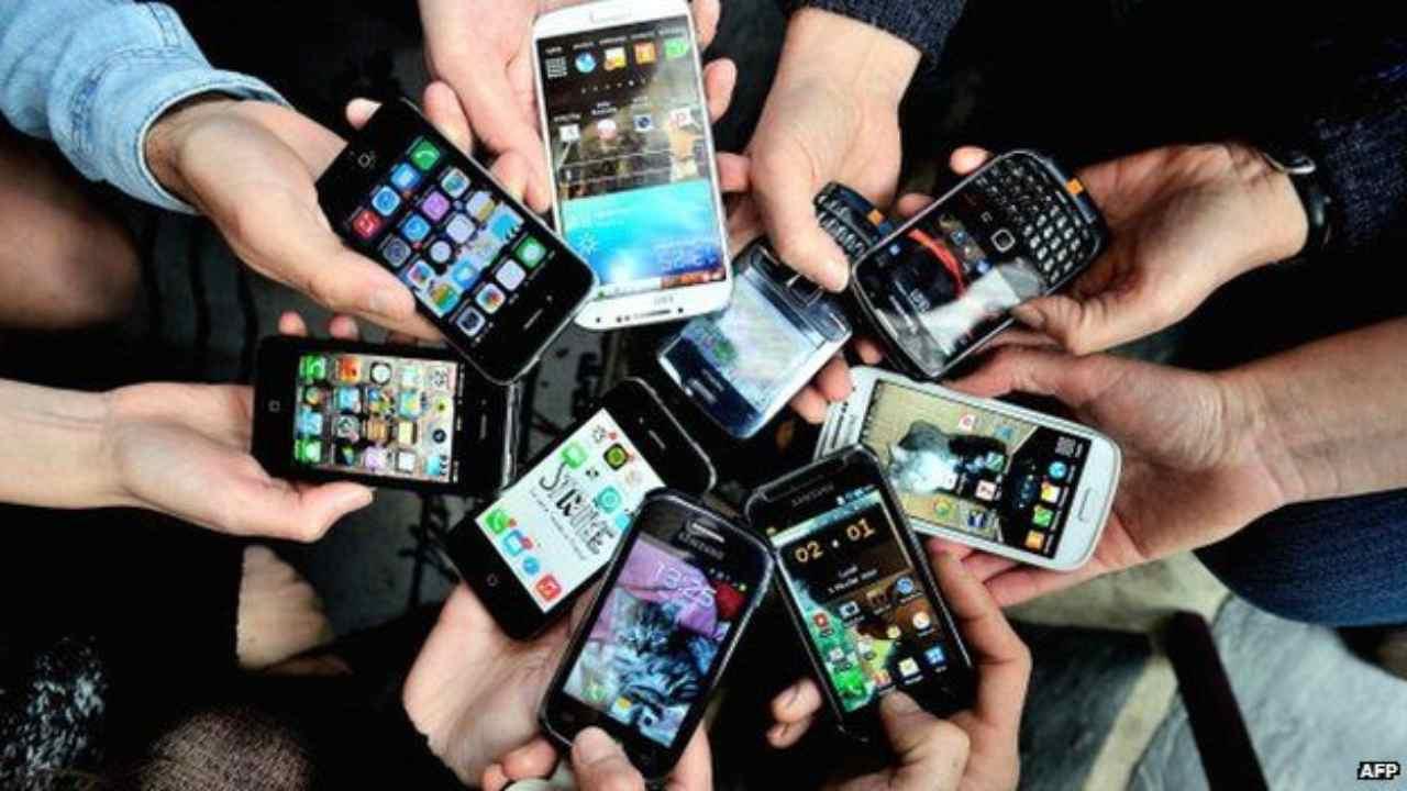 Mercato smartphone ai tempi del covid (Foto Bbc)