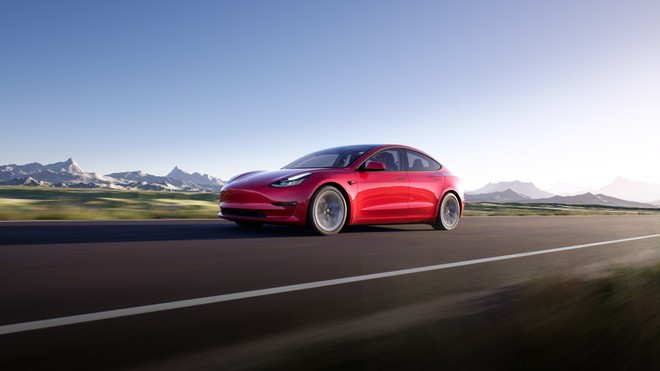 Tesla regina assoluta delle elettriche