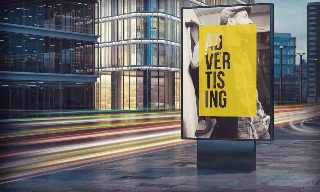 Cartellone pubblicitario (Adobe Stock)