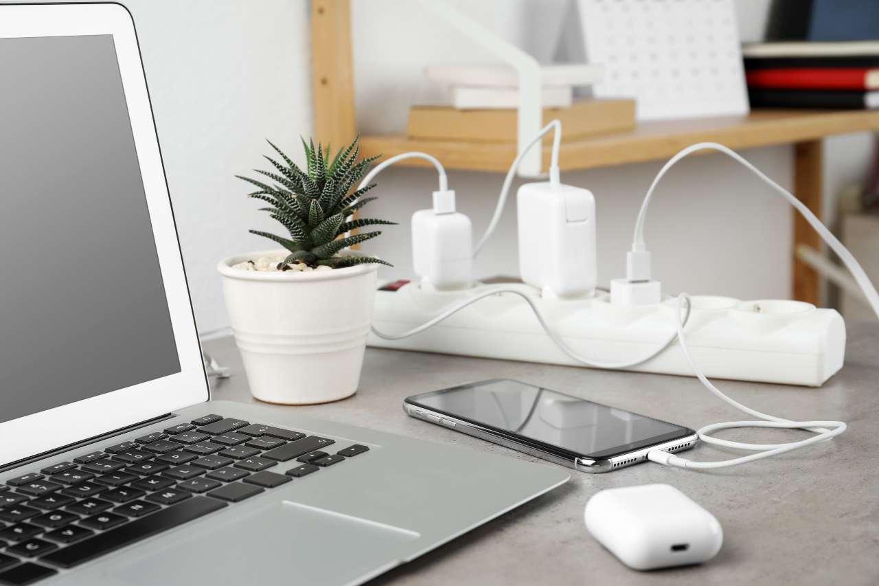 Cavo USB C (Adobe Stock)