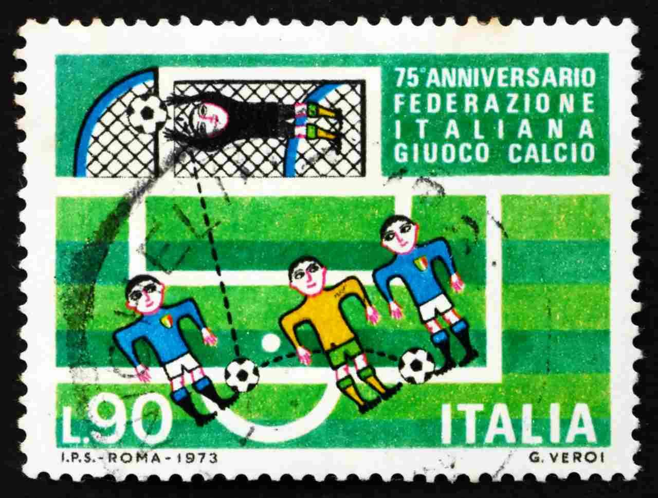 FIGC, francobollo celebrativo (Adobe Stock)