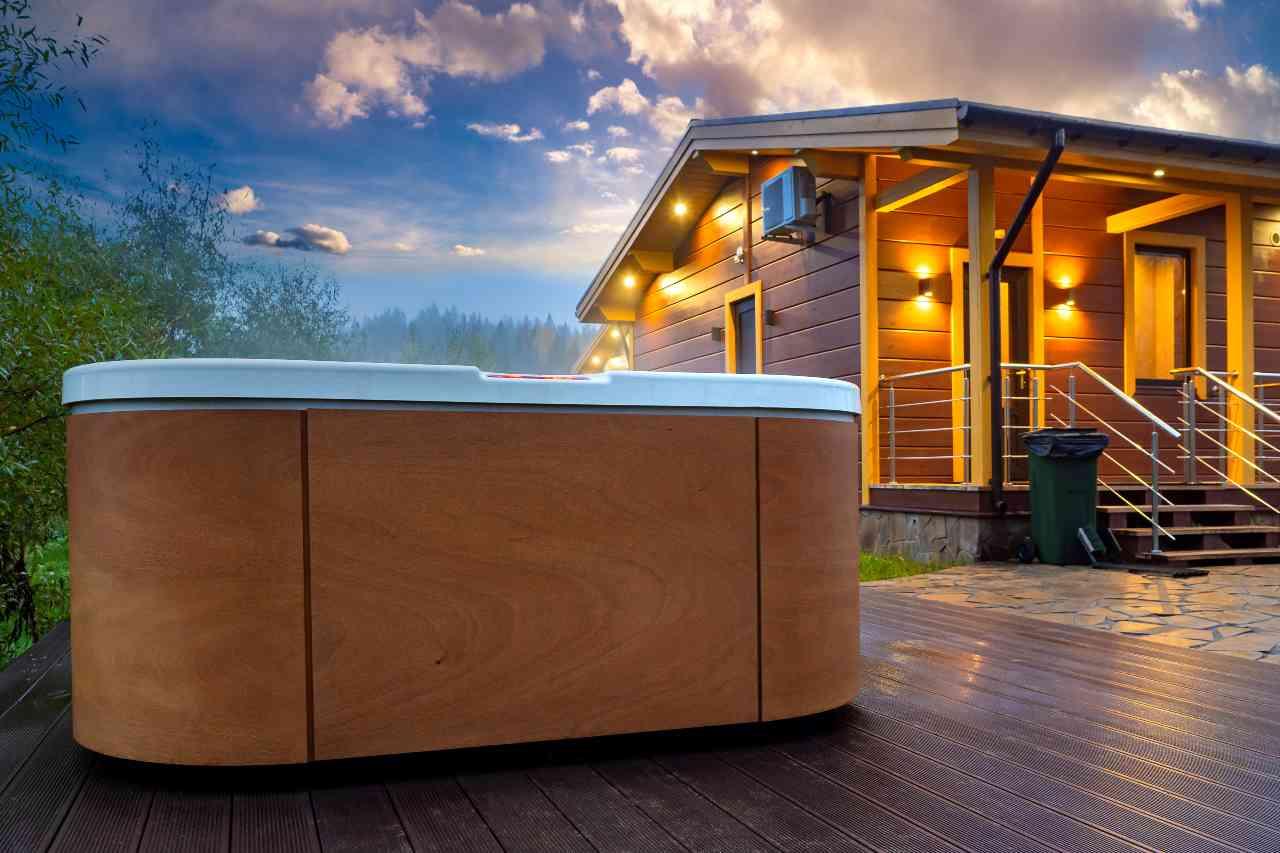 Hot Tub (Adobe Stock)