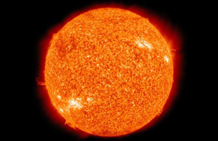 Il Solar Orbiter di ESA e Nasa osserverà il Sole da vicino