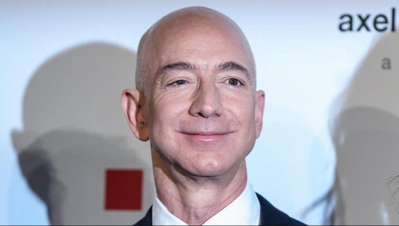 Jeff Bezos, Amazon, compra Metro Goldwyn Mayer (Foto La Stampa)