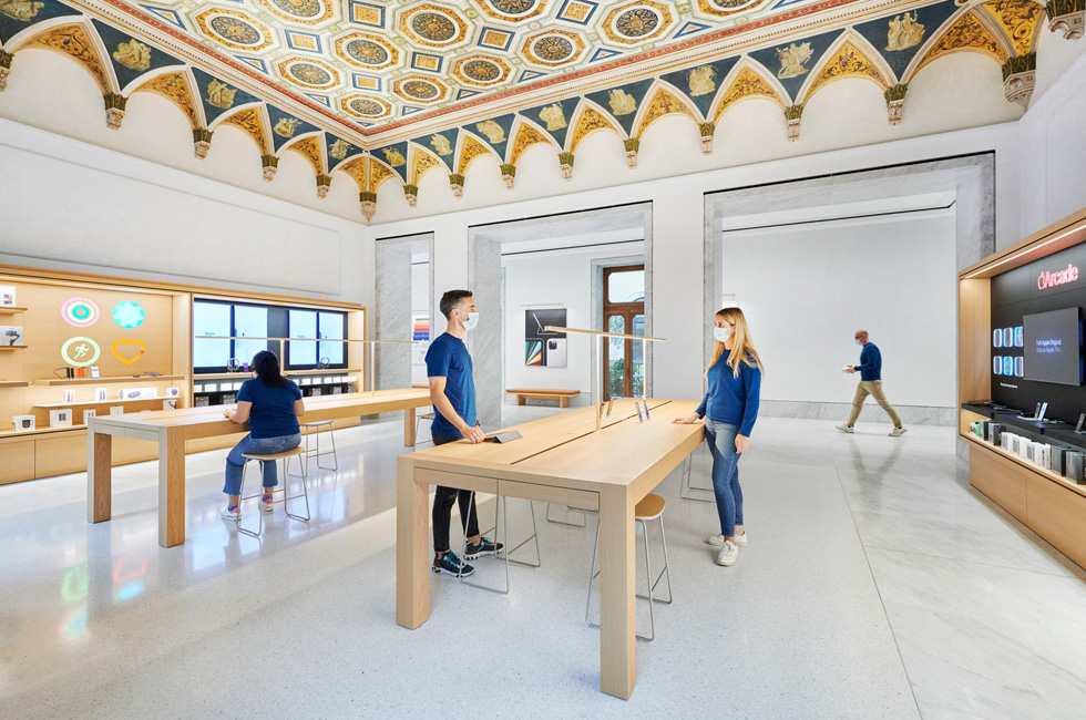 Un Apple Store nel cuore di Roma (www.apple.com)