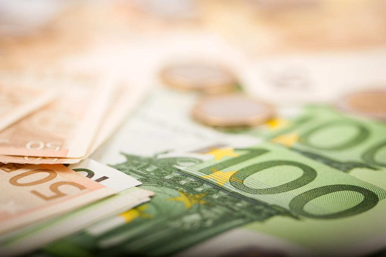Euro, alcune banconote già una rarità (Adobe Stock)