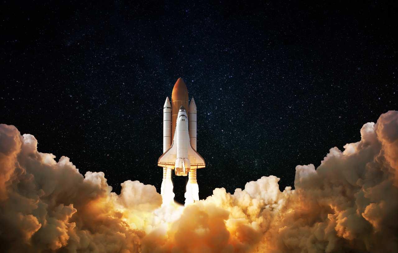 Blue Origin, il primo razzo per turismo spaziale (Adobe Stock)