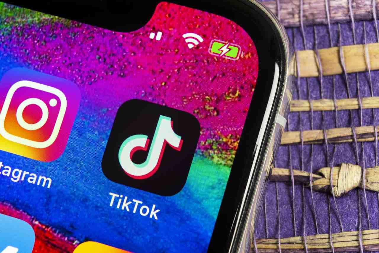 TikTok, il social cinese del momento (Adobe Stock)
