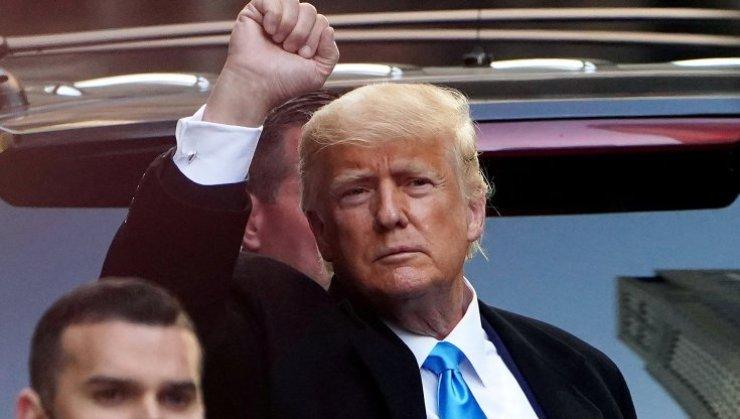Trump bloccato su Facebook (Foto Repubblica)