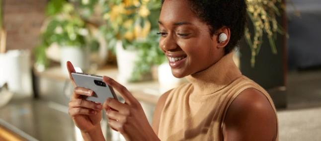 Sony presenta i suoi auricolari