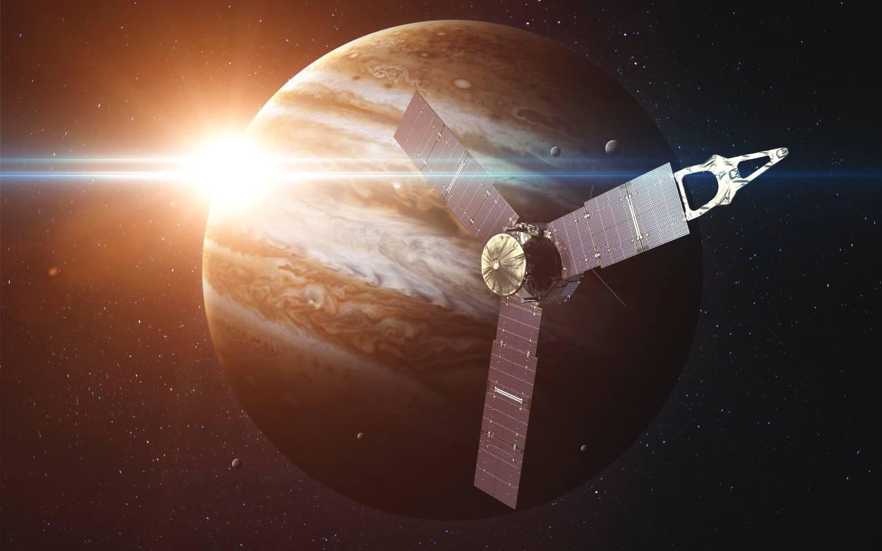 Juno, Ganimede mai visto così prima d'ora (Adobe Stock)