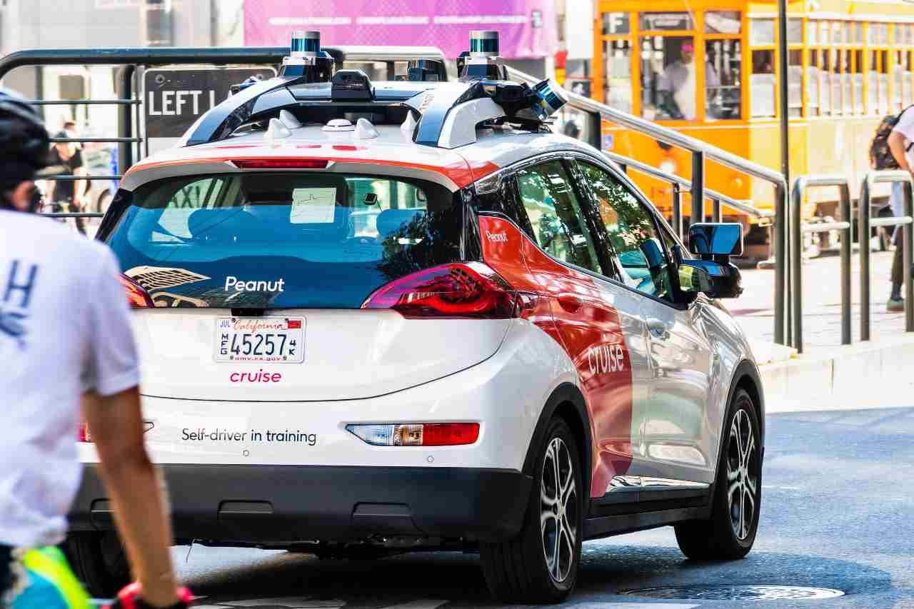 Cruise, il Robotaxi è un punto di partenza per i veicoli senza conducenti (Adobe Stock)