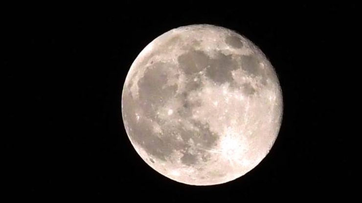 Superluna di Fragola (Foto Quotidiano Nazionale)