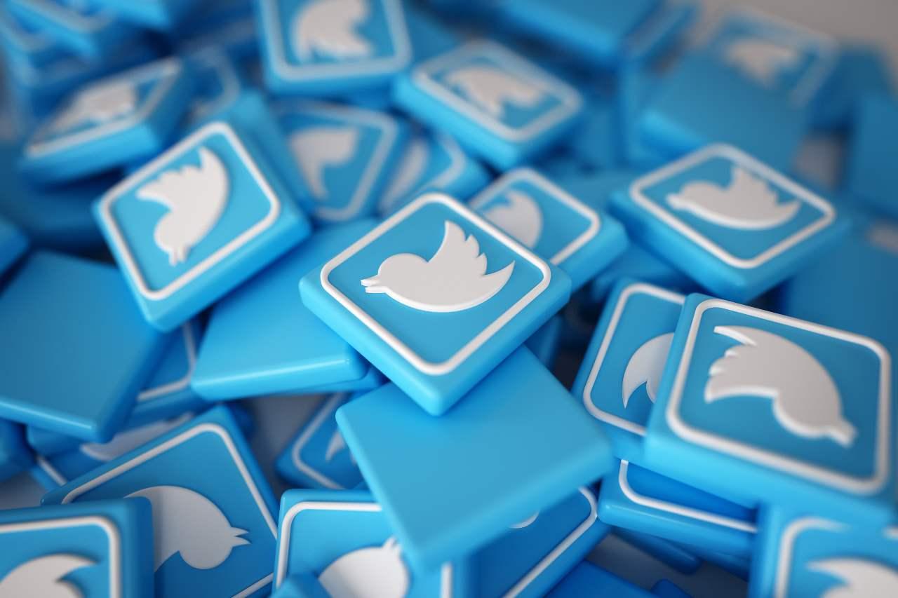 Twitter, per qualcuno è una minaccia (Adobe Stock)